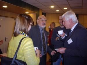 Diskuze o přestávkách u kávy