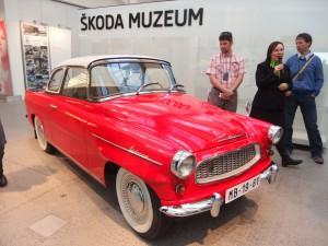 Exkurze do ŠKODA AUTO a. s., Mladá Boleslav, prohlídka muzea a výrobních provozů (zákaz fotografování)